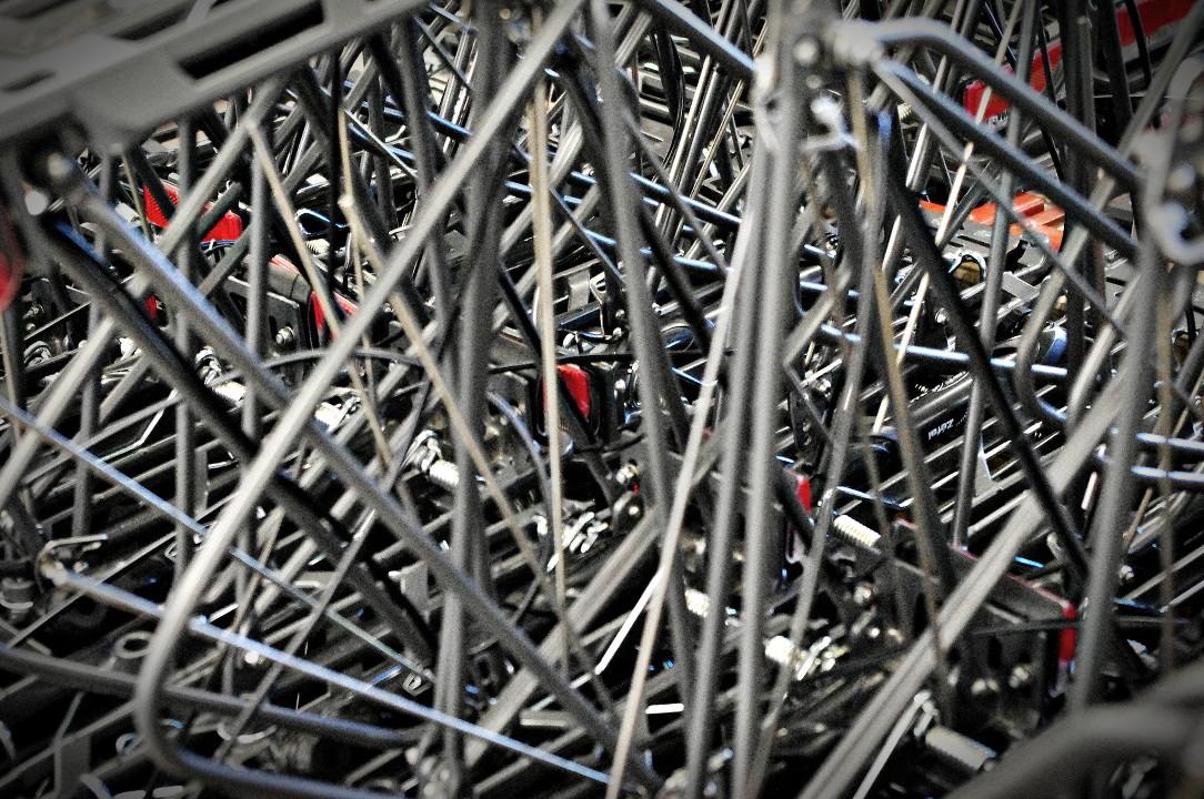 Flyer Werksbesichtigung Produktion E-Bike Teile